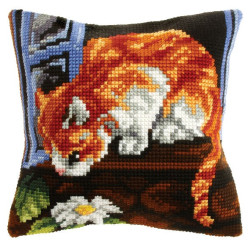 House by the Sea WD089