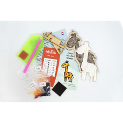 Mouse and Tea Cup AZ-1813