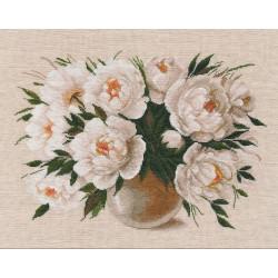 AEROFIL N120; sew thread M9124/8101